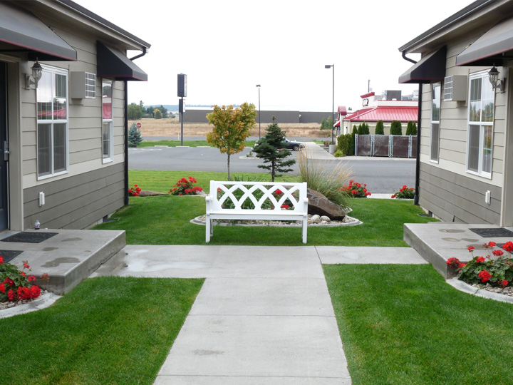 Stratford Suites | Spokane Extended Stay Hotel & Short Term Apts