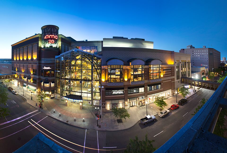 Nov 23,  · The River Park Square mall is an inviting place to stroll around in the center of downtown Spokane, close to park. The vertical architectural design is stunning and mesmerizing, well worth the time to appreciate why this mall is so different than many other malls.4/4(28).